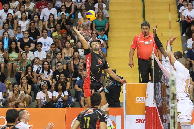 Ainda sem vencer, Caramuru tem outra pedreira na 3ª rodada da Superliga
