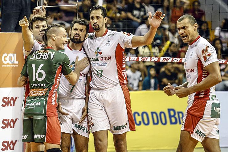 Com bom voleibol, Brasil Kirin vence JF Vôlei dentro de casa
