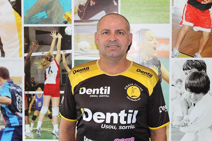 Praia Clube oficializa chegada de Paulo Coco para 2017/18