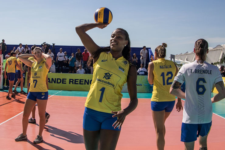Brasil usará uniformes da Asics a partir desta temporada (Foto: Daniel Zappe/MPIX/CBV)